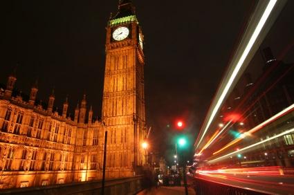Der berühmte Glockenturm mit dem Big Ben. (Quelle: istockphoto)