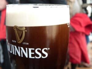 Guinness - das dunkle Bier ist das Nationalgetränk Irlands. (Quelle: privat)