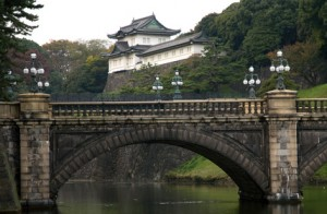 Die Nijubashi-Brücke am Kaiserpalast. (Quelle: Fotolia)
